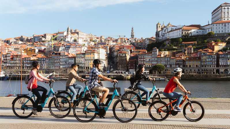 Balade à vélo en famille à Porto